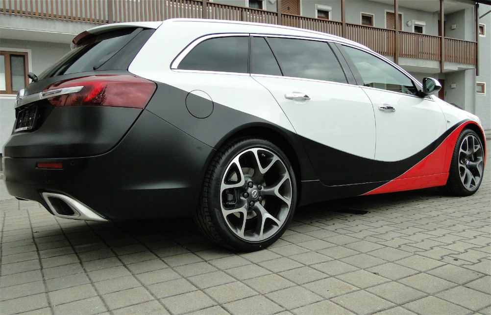 Car_Wrapping_Opel_-Insignia_opc_Kombi_1